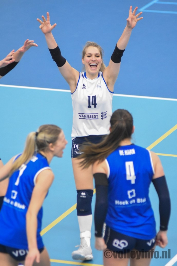 www.volleyinfo.nl-120