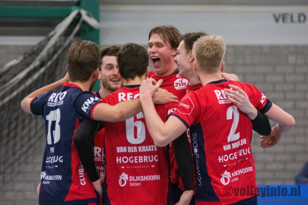 www.volleyinfo.nl-124