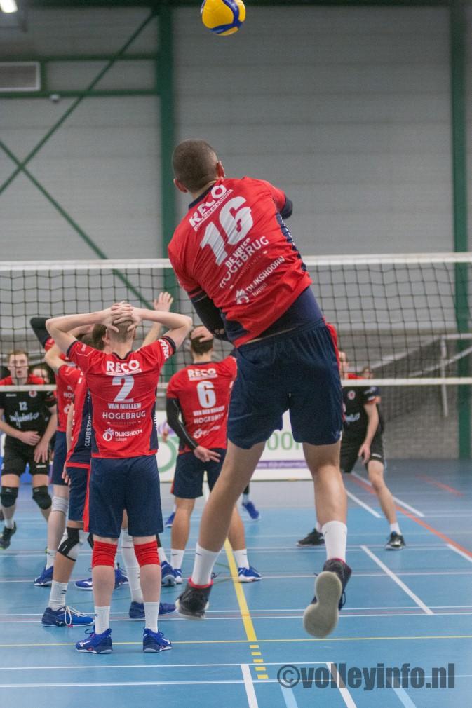 www.volleyinfo.nl-130