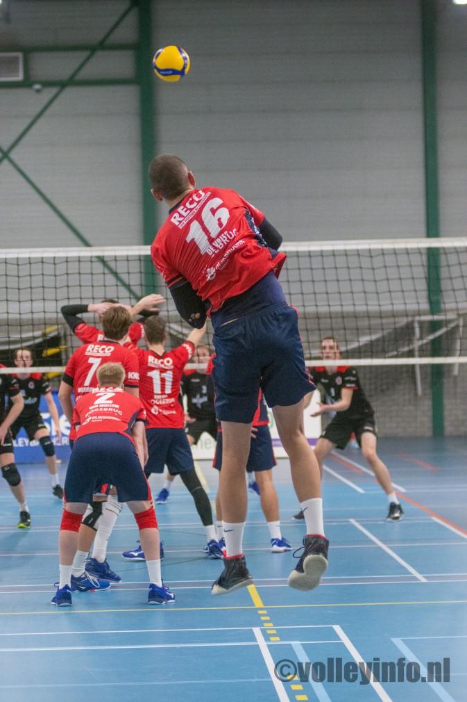 www.volleyinfo.nl-131