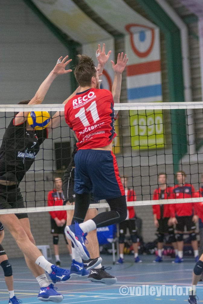 www.volleyinfo.nl-150