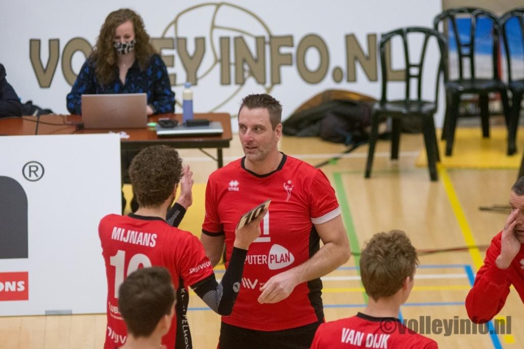 www.volleyinfo.nl-184