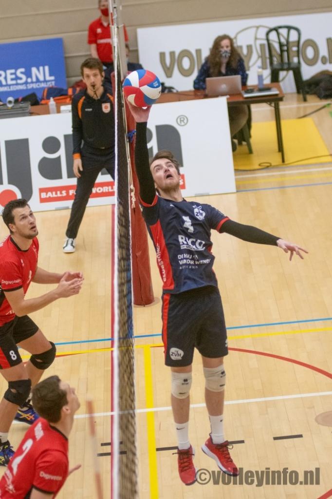 www.volleyinfo.nl-200