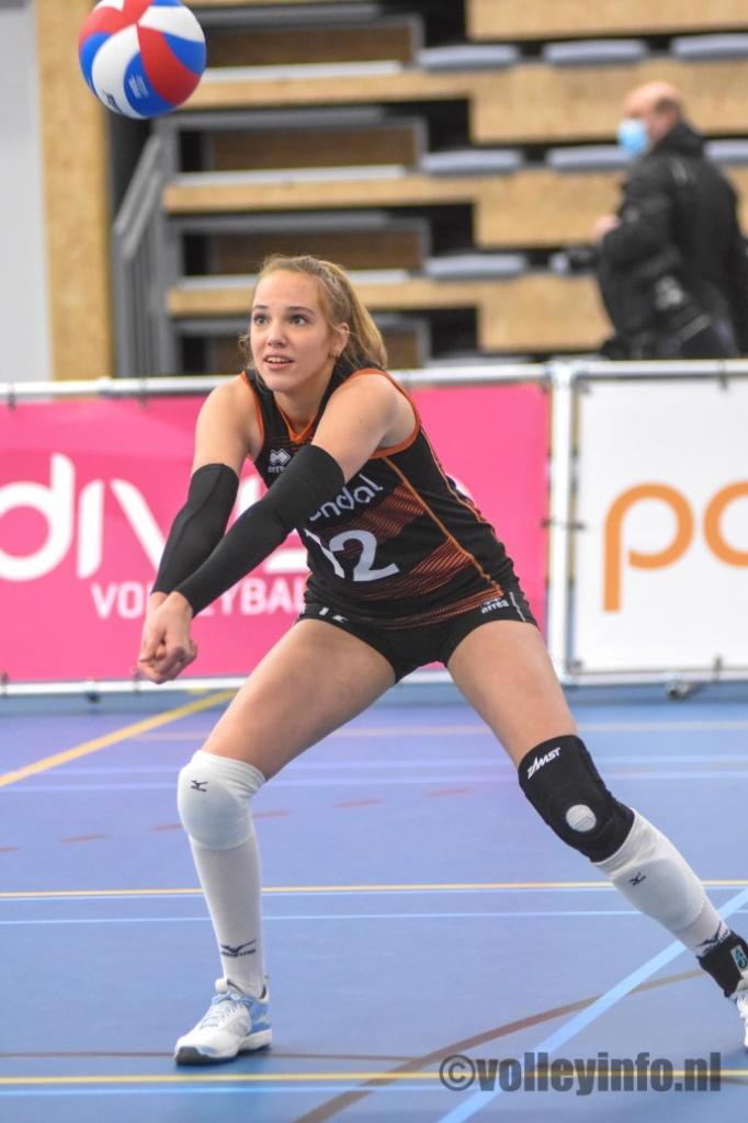 www.volleyinfo.nl-80