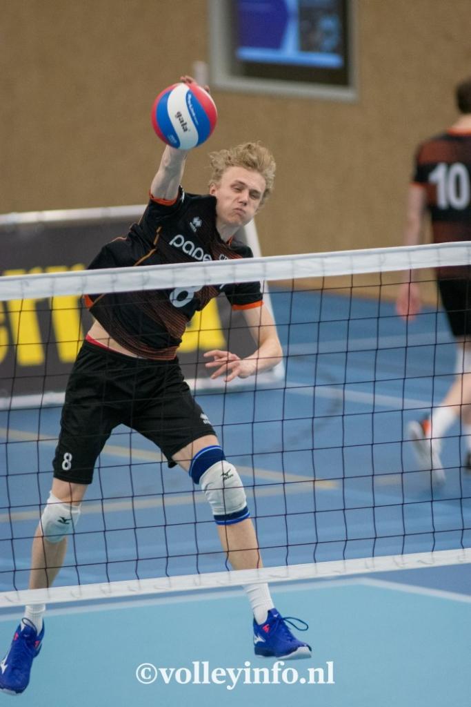 www.volleyinfo.nl-420