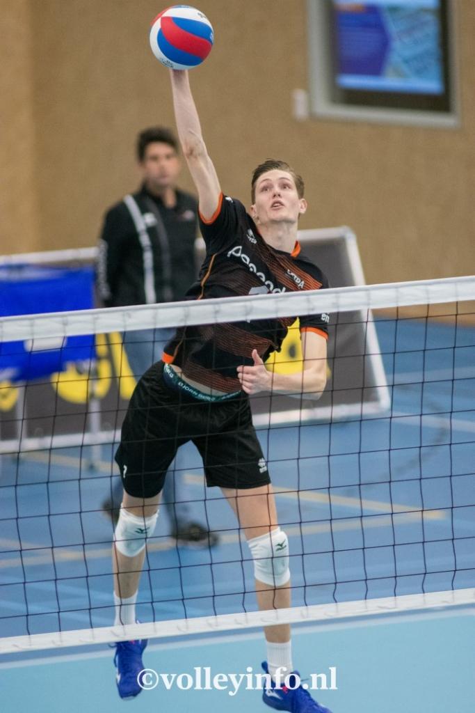 www.volleyinfo.nl-422