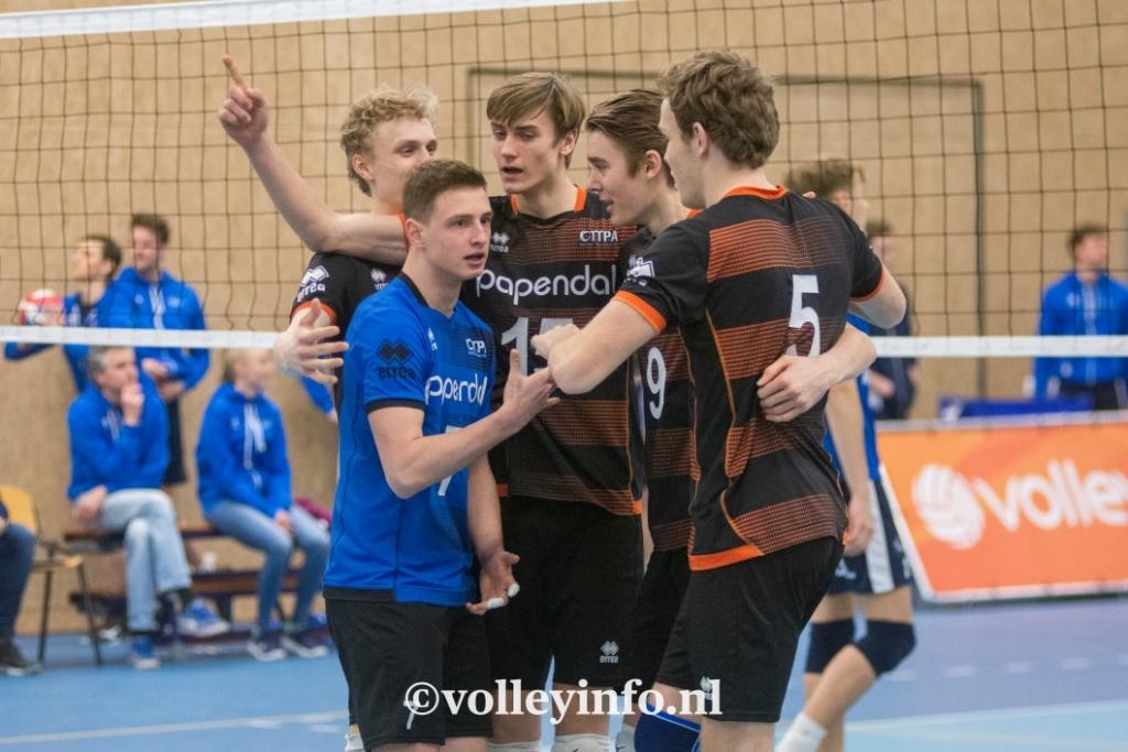 www.volleyinfo.nl-430