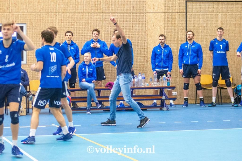 www.volleyinfo.nl-432
