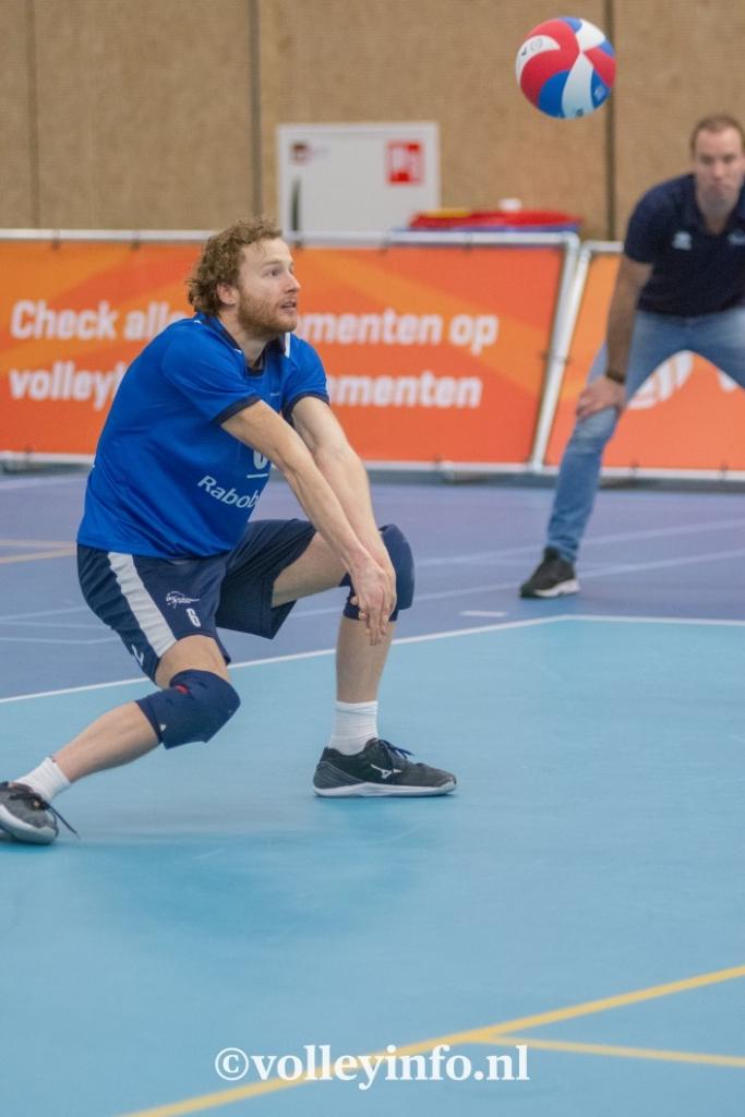 www.volleyinfo.nl-435
