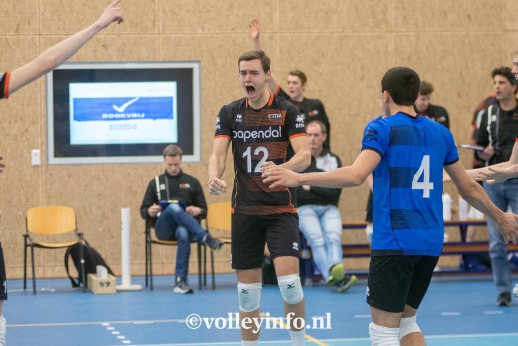 www.volleyinfo.nl-436