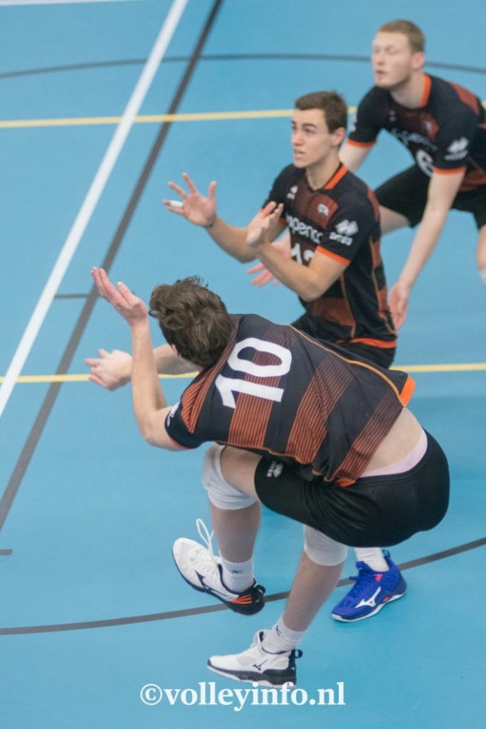www.volleyinfo.nl-447