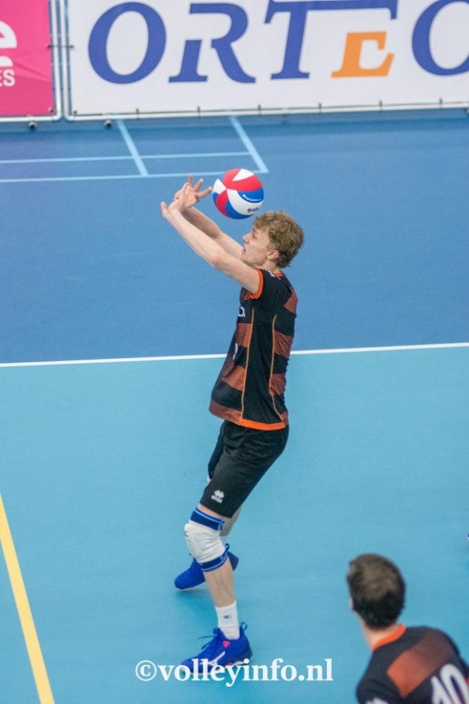 www.volleyinfo.nl-448