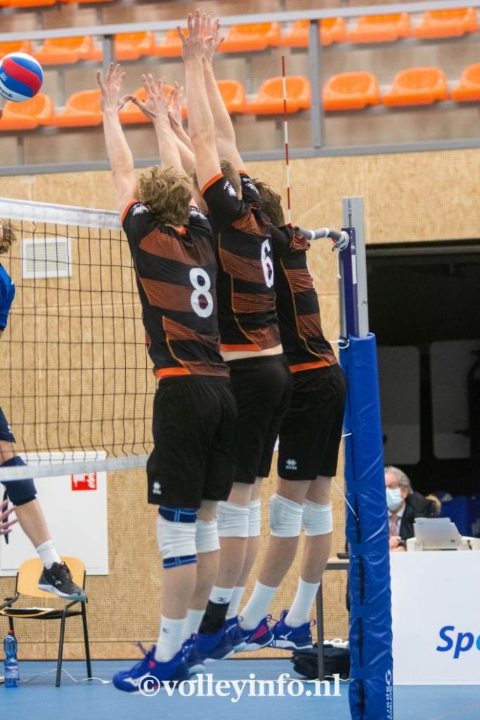 www.volleyinfo.nl-452