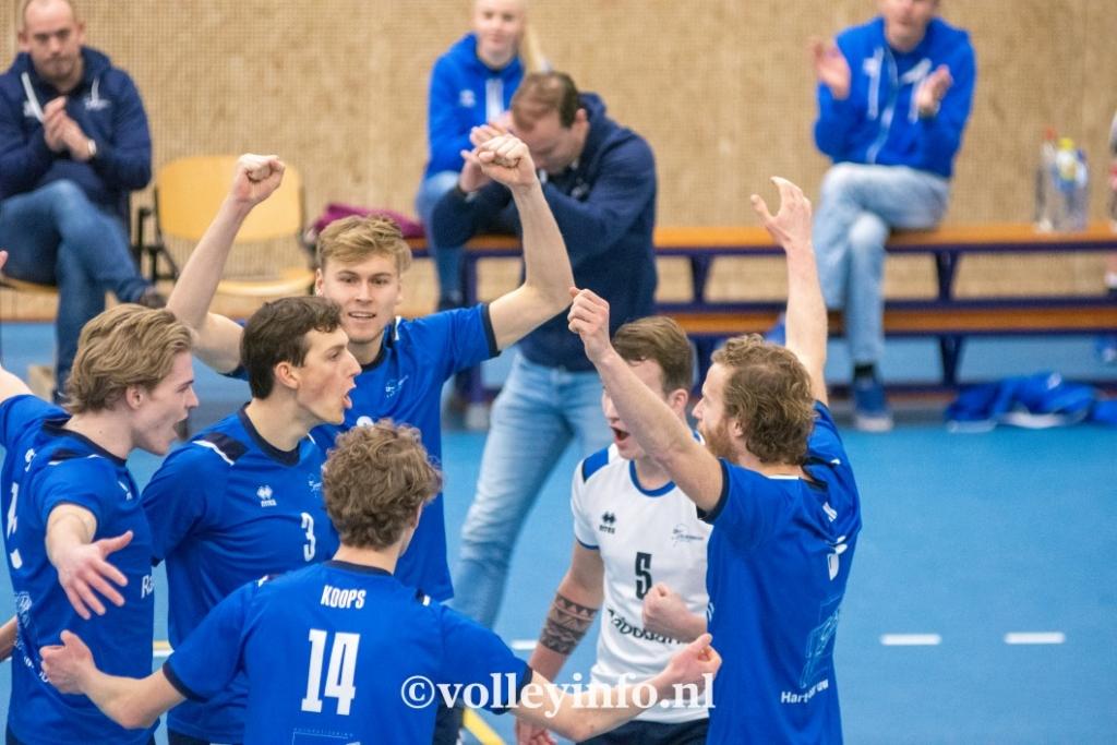 www.volleyinfo.nl-462