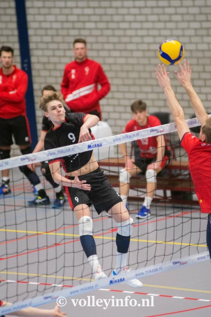 www.volleyinfo.nl-723