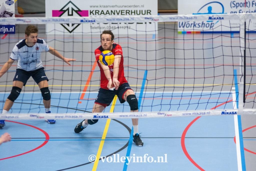 www.volleyinfo.nl-725