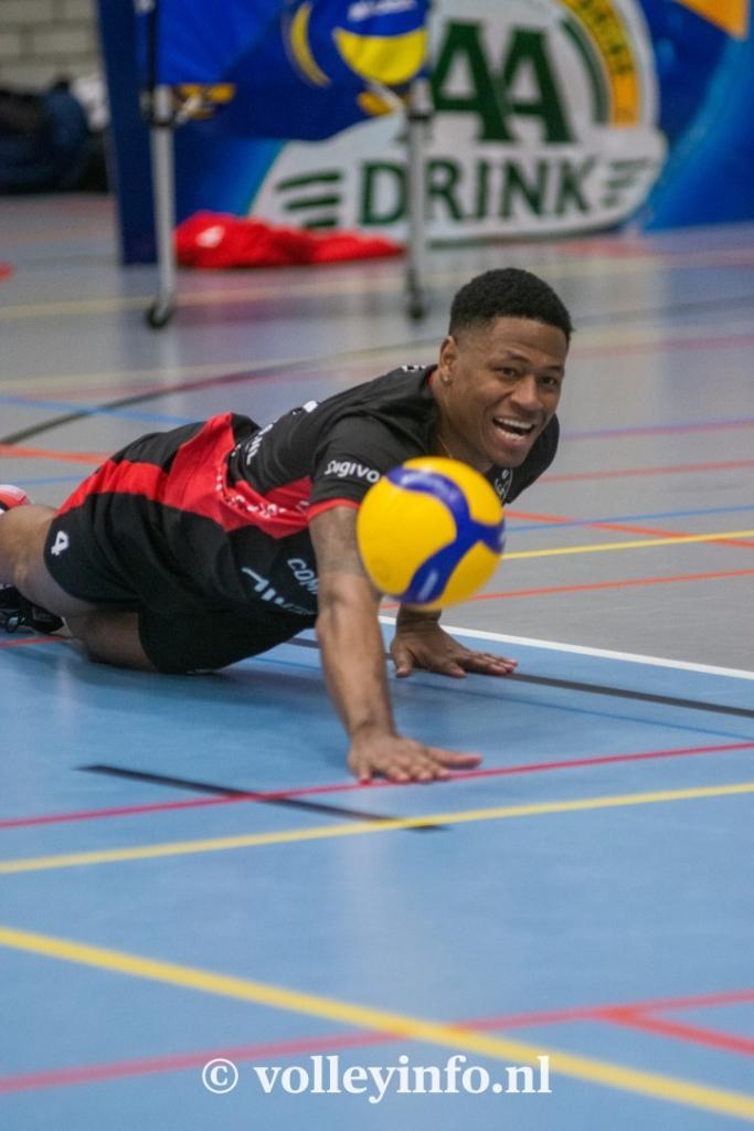 www.volleyinfo.nl-740