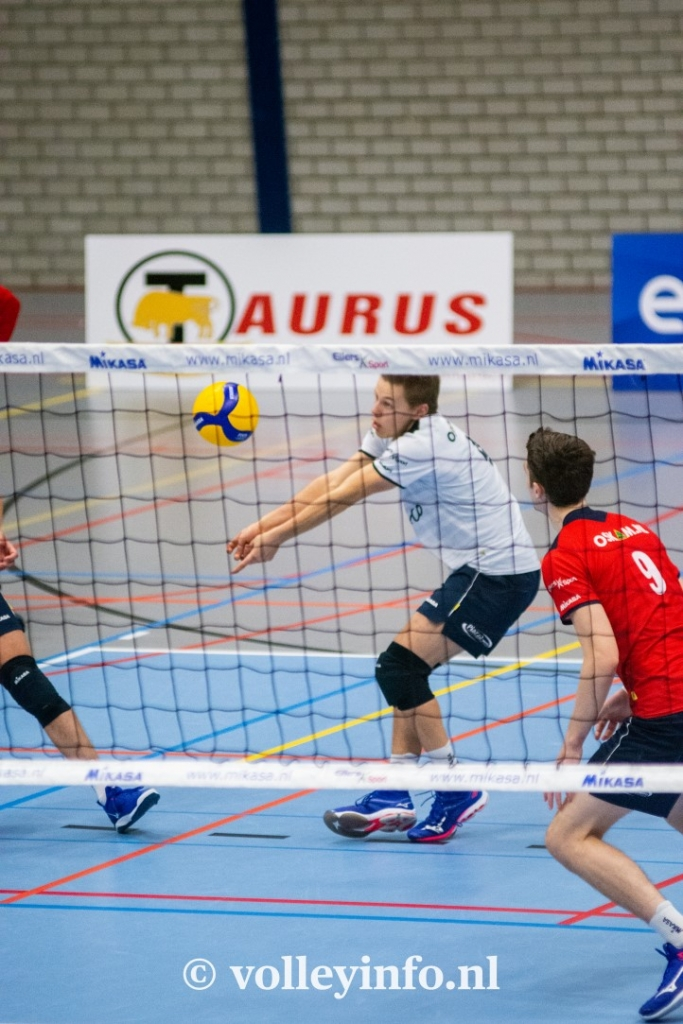 www.volleyinfo.nl-744