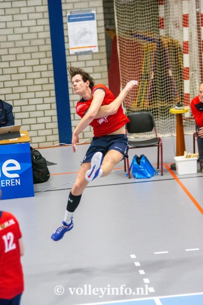 www.volleyinfo.nl-747
