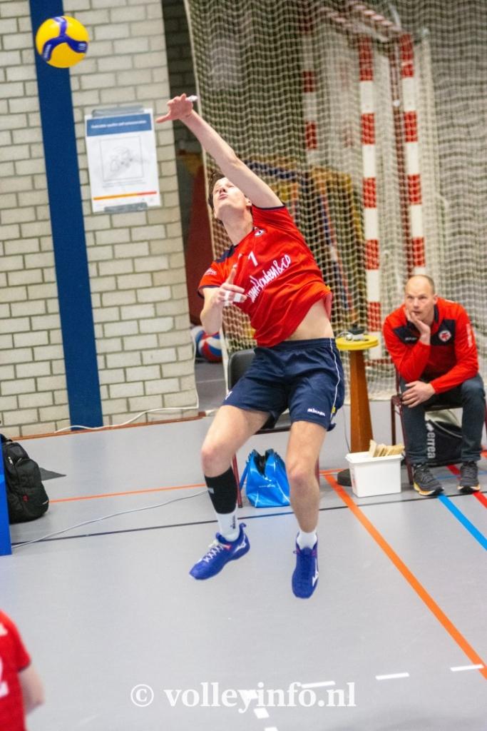 www.volleyinfo.nl-748