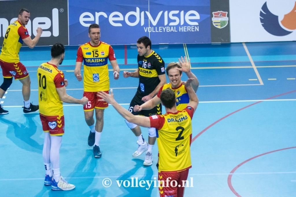 www.volleyinfo.nl-765