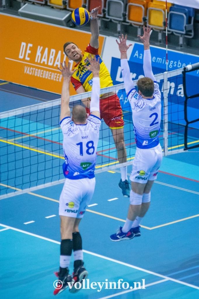 www.volleyinfo.nl-777