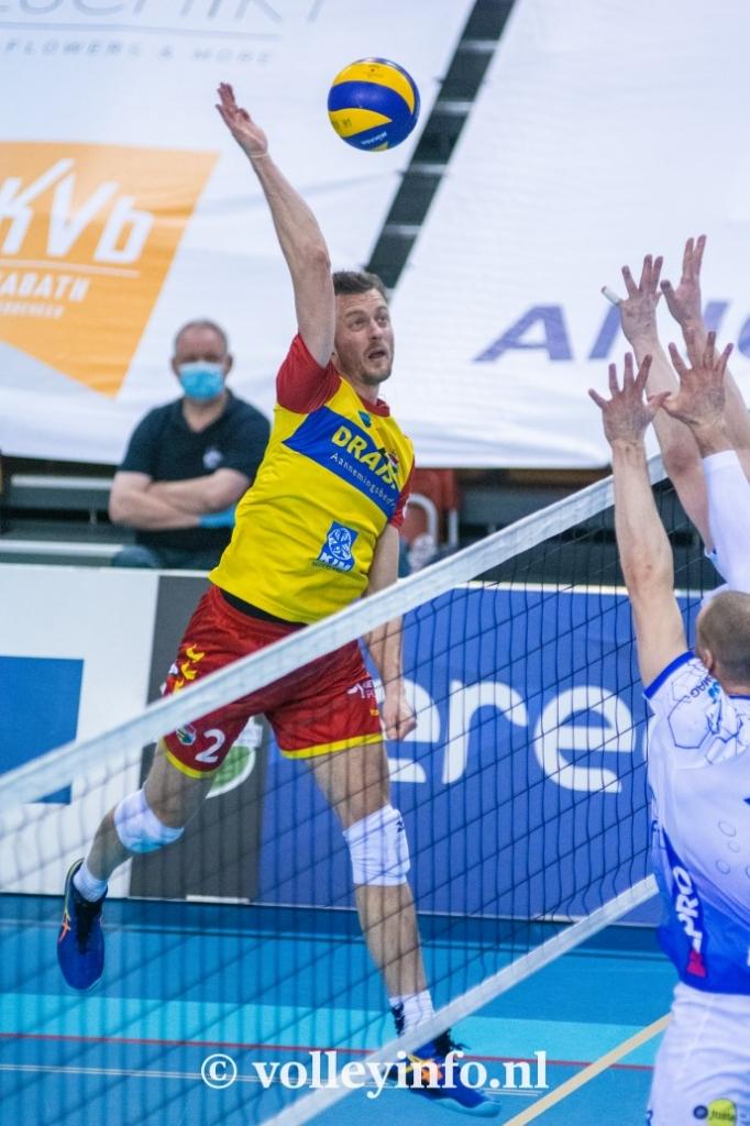 www.volleyinfo.nl-793