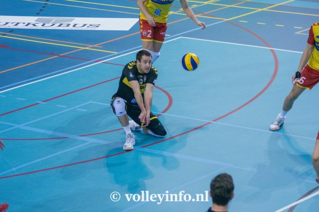 www.volleyinfo.nl-797