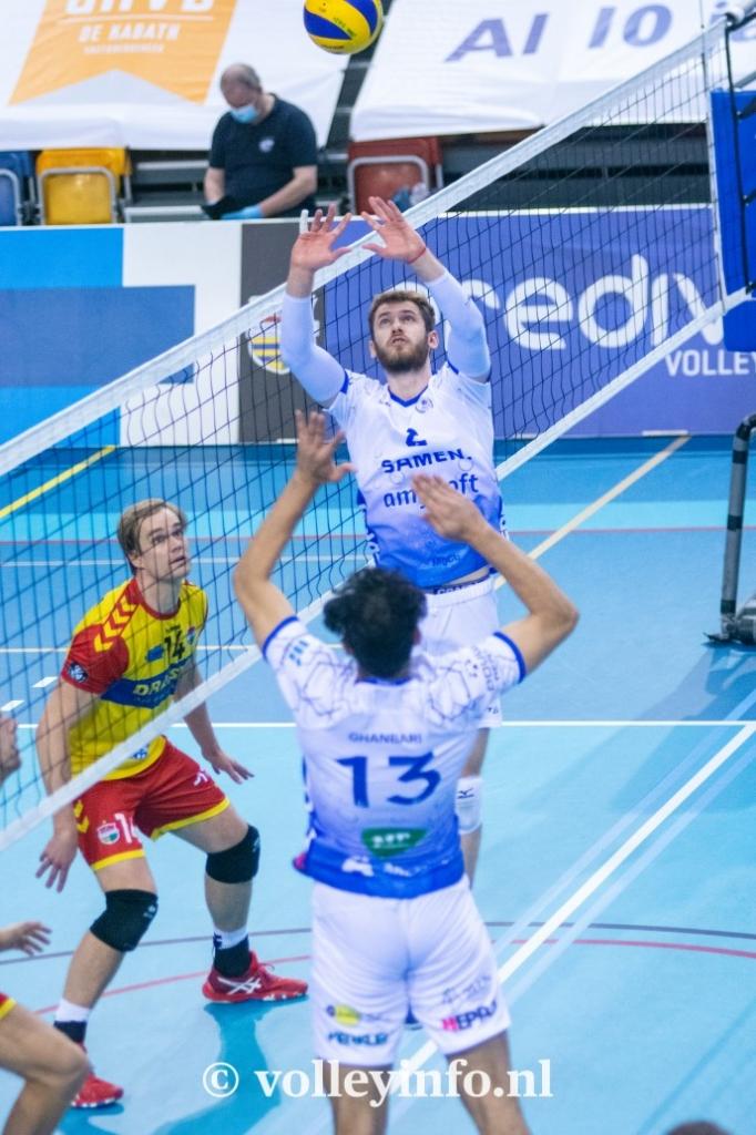www.volleyinfo.nl-798