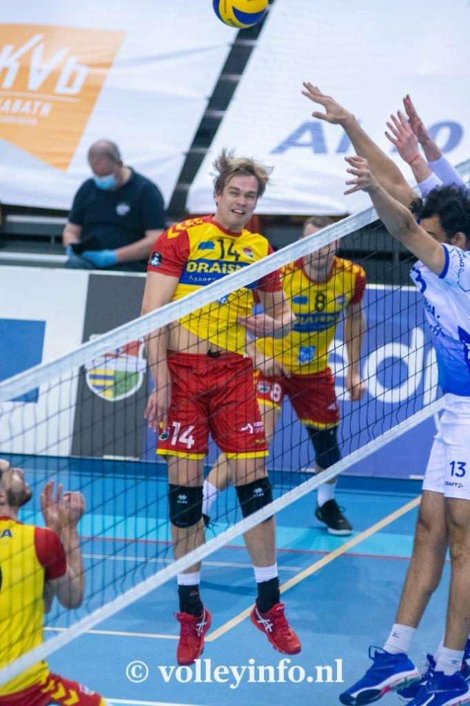 www.volleyinfo.nl-802