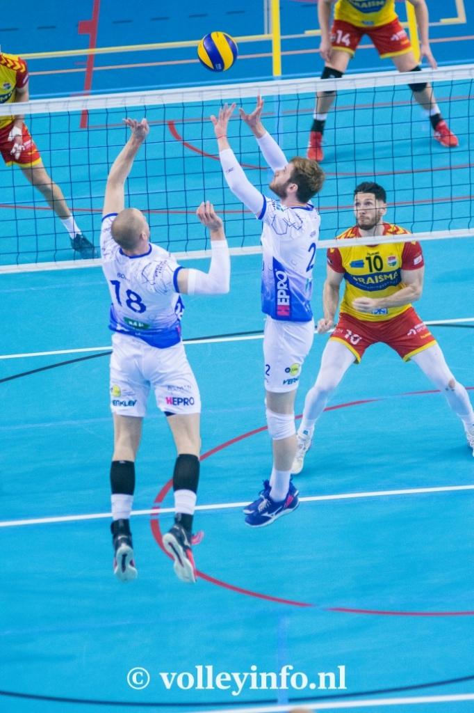 www.volleyinfo.nl-804