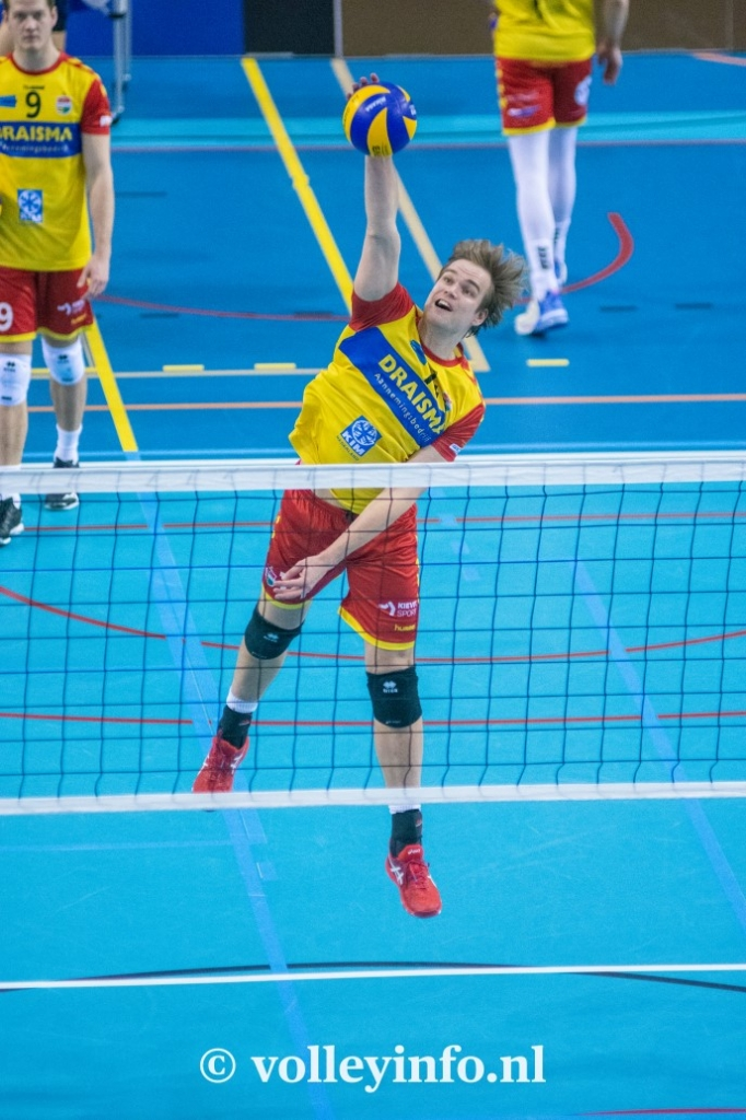 www.volleyinfo.nl-814