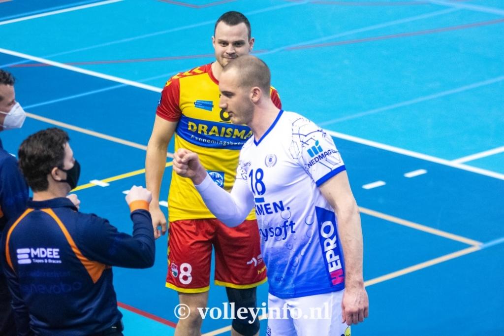 www.volleyinfo.nl-815
