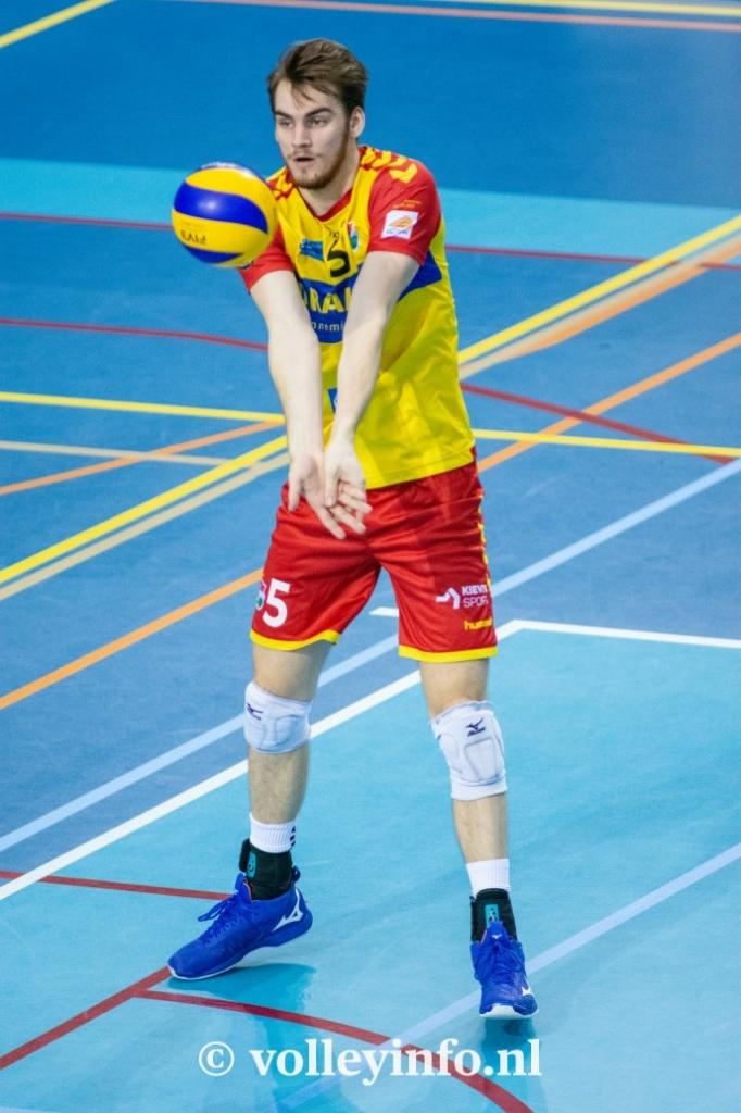 www.volleyinfo.nl-824