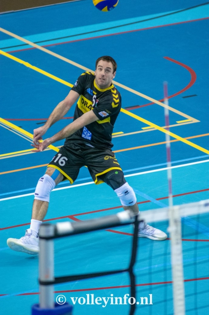 www.volleyinfo.nl-829