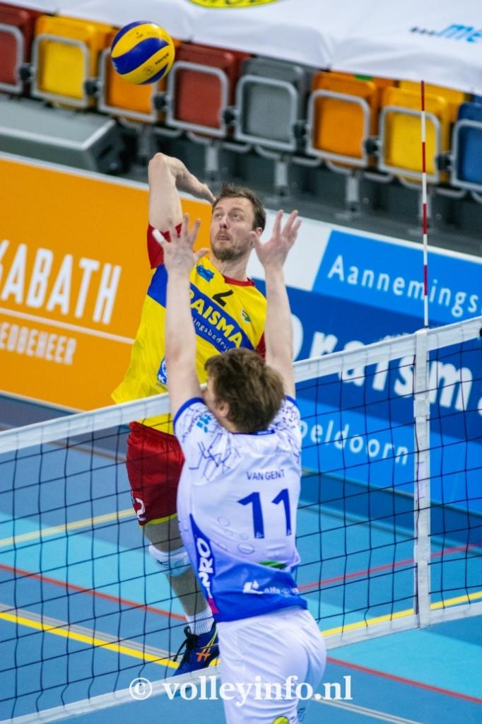www.volleyinfo.nl-830