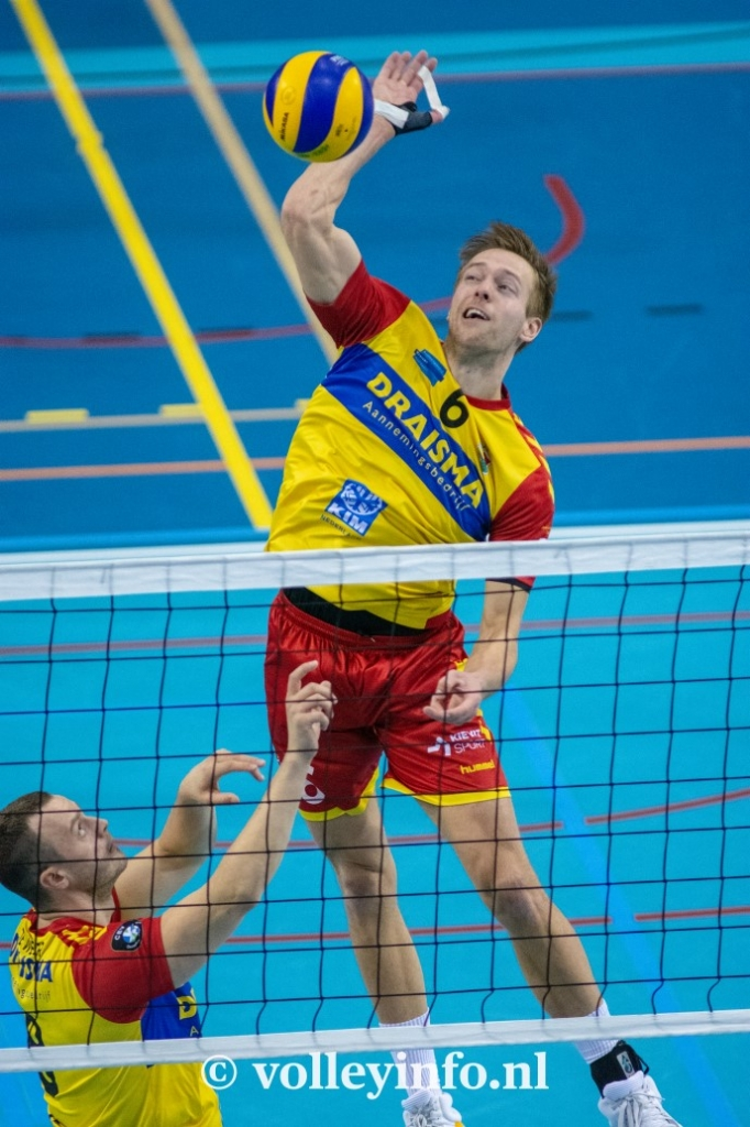 www.volleyinfo.nl-844