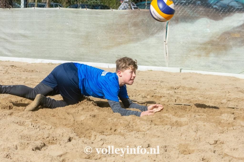 www.volleyinfo.nl-941