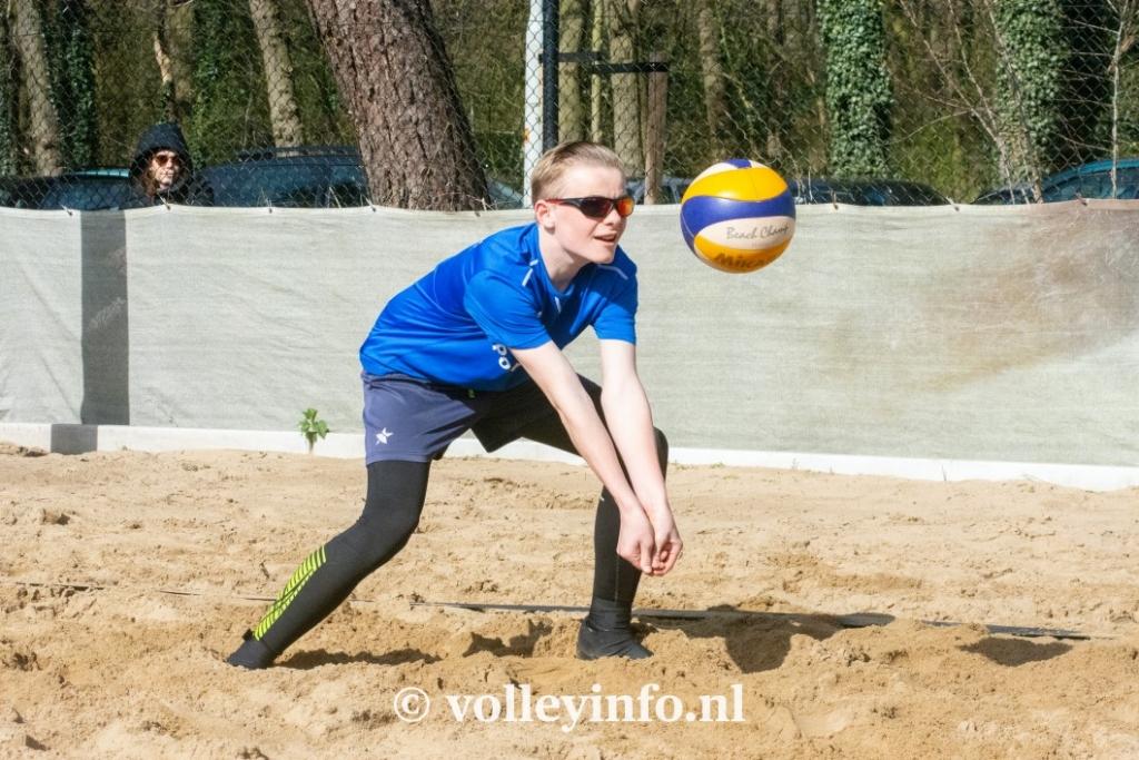 www.volleyinfo.nl-943