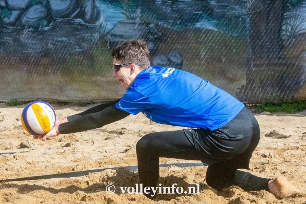 www.volleyinfo.nl-948