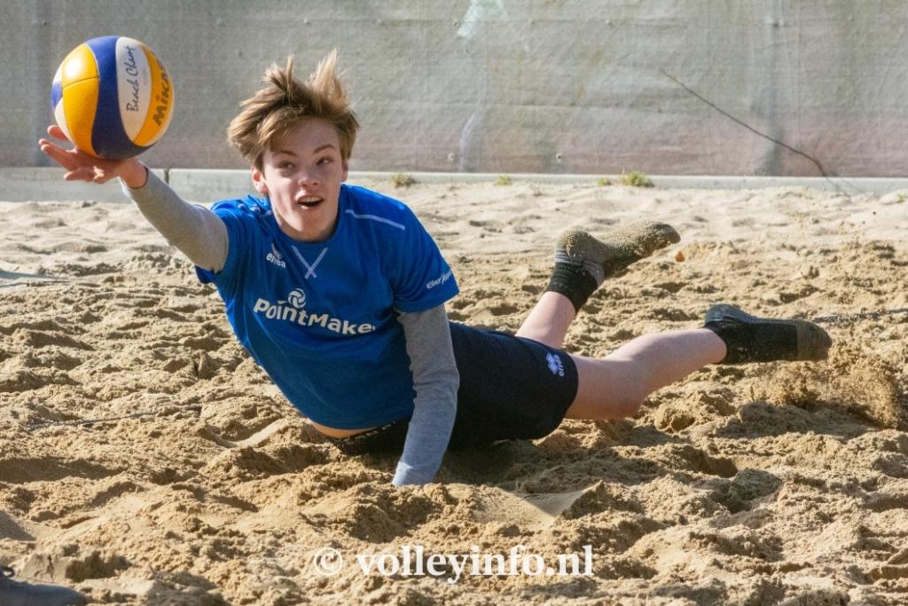 www.volleyinfo.nl-954