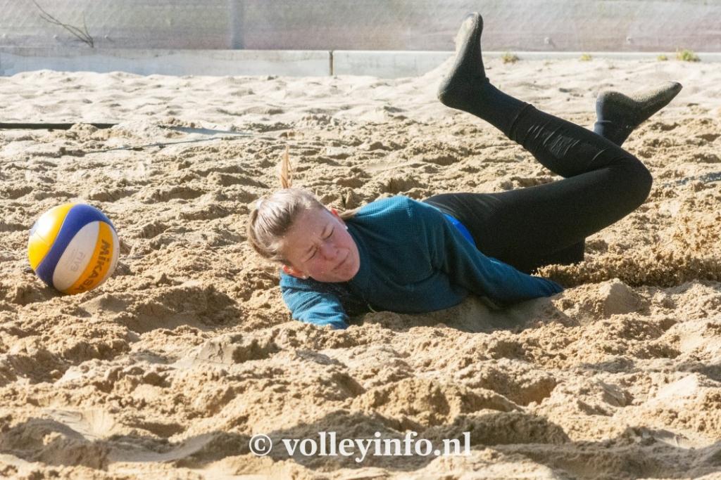 www.volleyinfo.nl-956