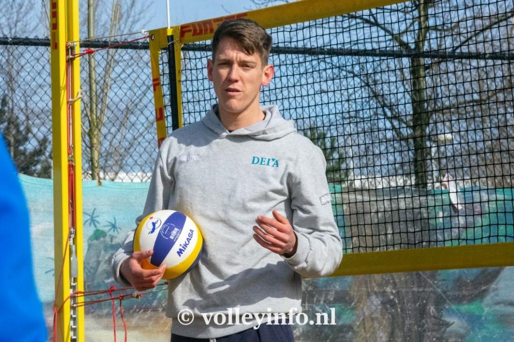 www.volleyinfo.nl-965