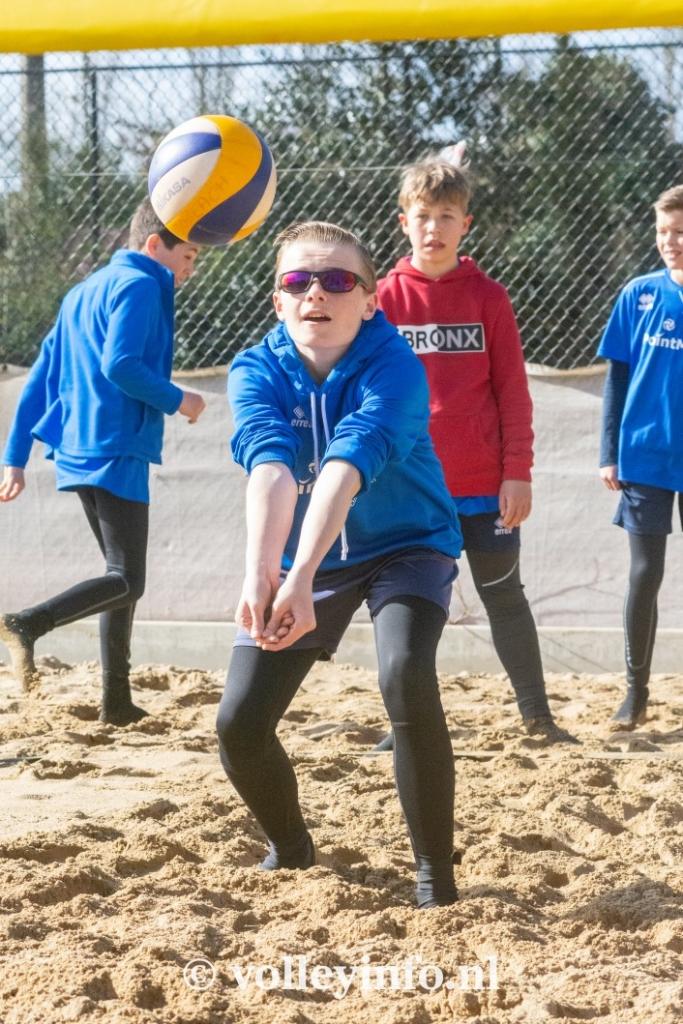 www.volleyinfo.nl-967
