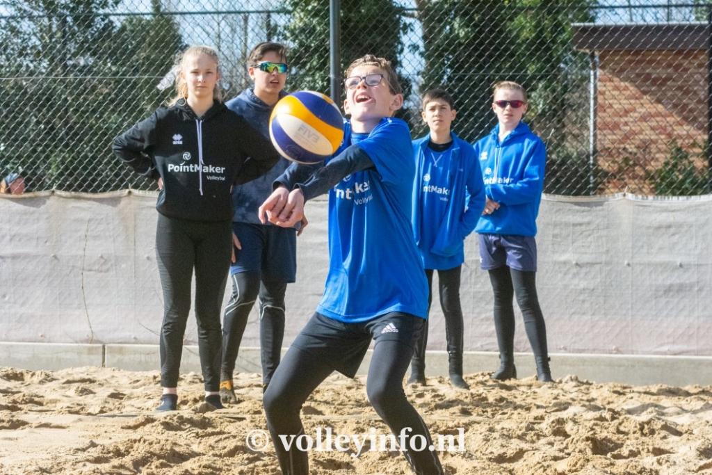 www.volleyinfo.nl-969