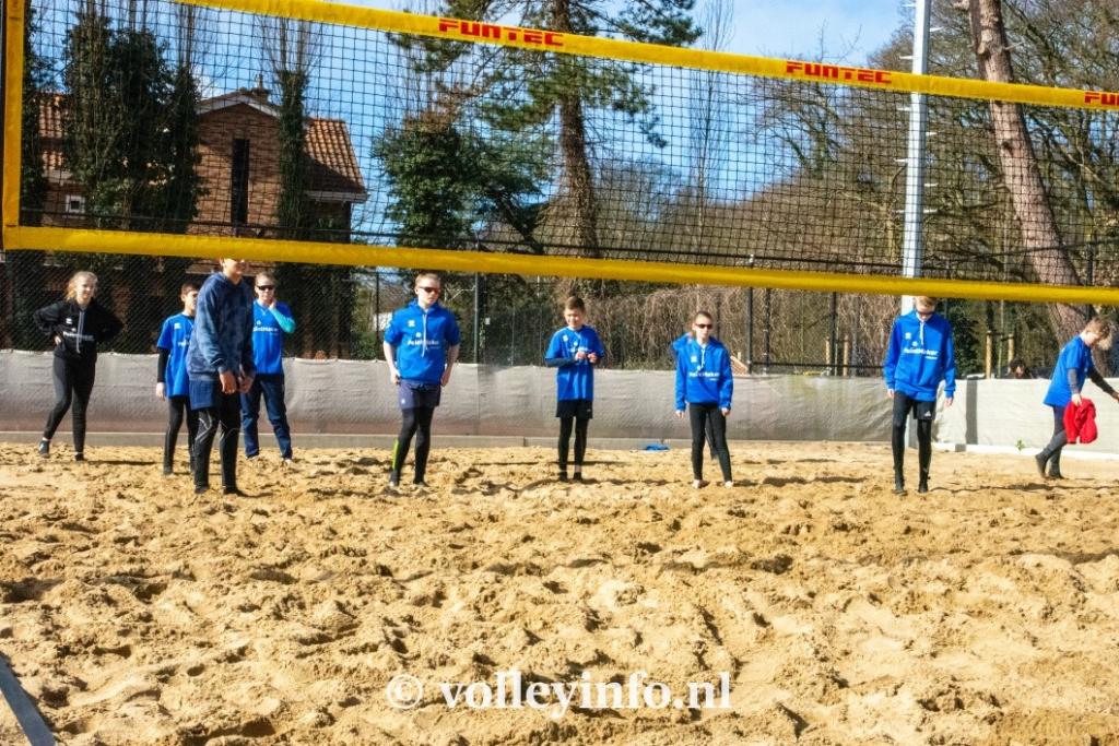 www.volleyinfo.nl-993