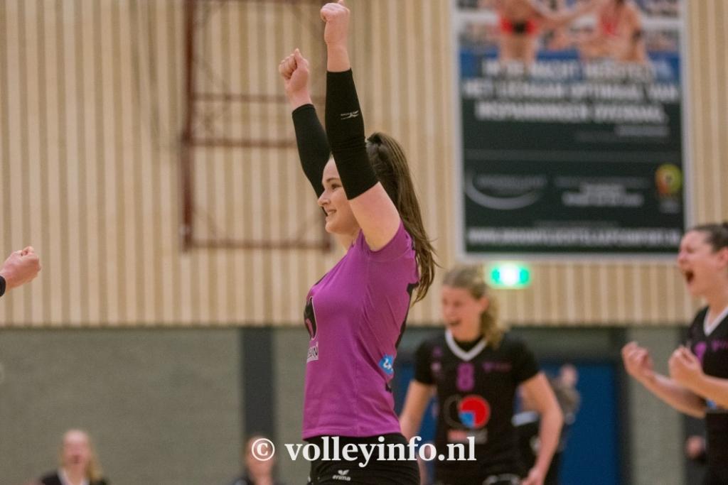 www.volleyinfo.nl-1106
