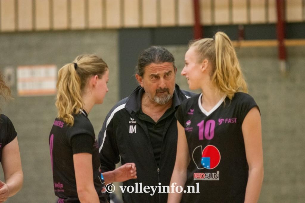 www.volleyinfo.nl-1130