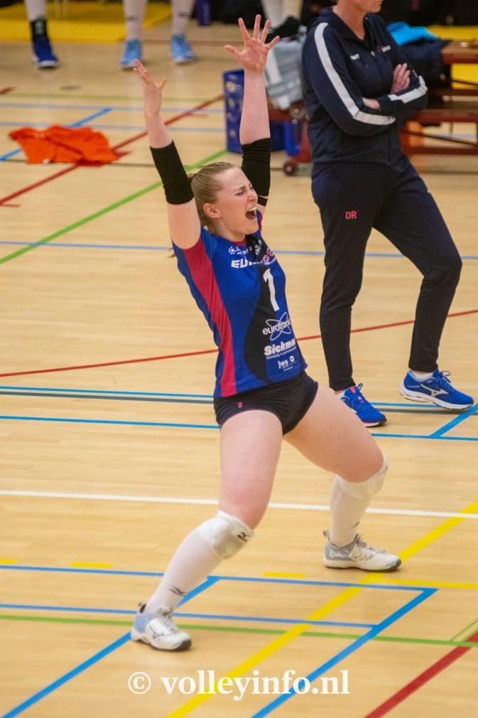www.volleyinfo.nl-1154