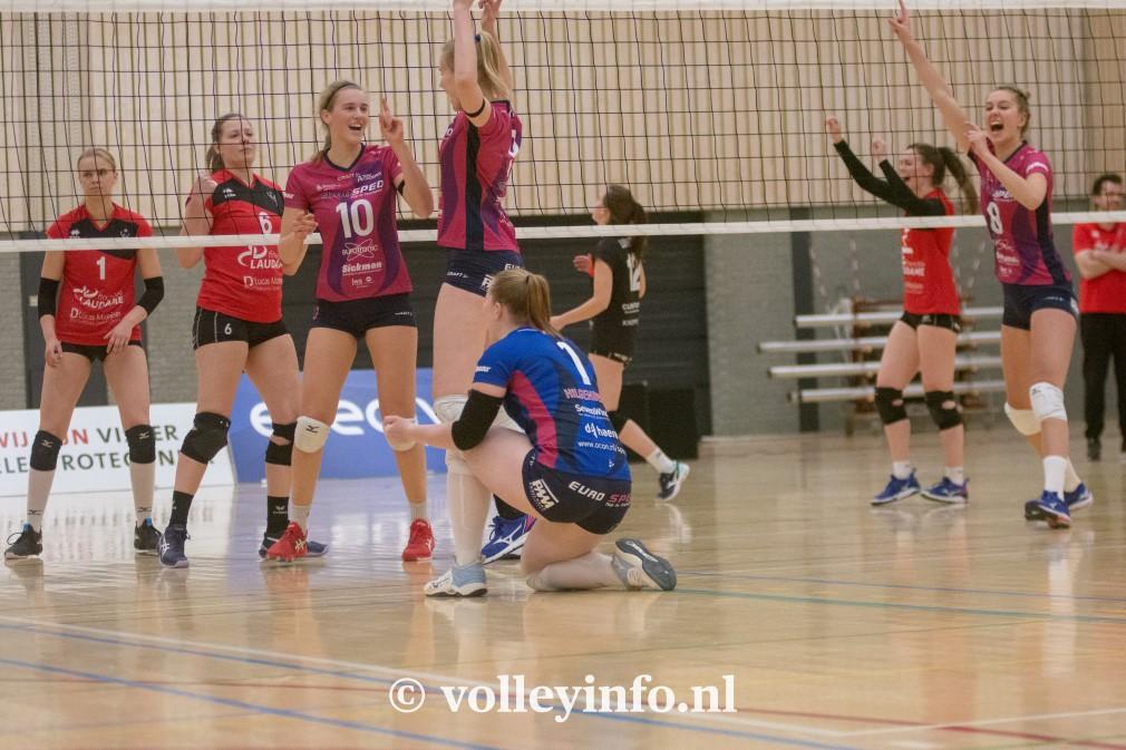 www.volleyinfo.nl-1177